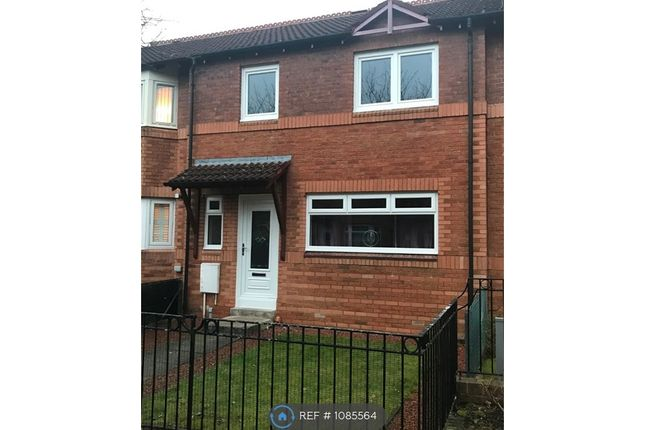 2 bed terraced house to rent in Castlelaw Gardens, Glasgow G32