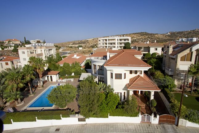 Villa for sale in Ayios Athanasios, Limassol, Cyprus