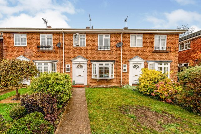 Thumbnail Terraced house for sale in Wynbury Drive, High Wycombe