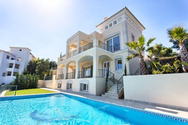 Thumbnail Villa for sale in Los Arqueros, Benahavis, Malaga, Spain