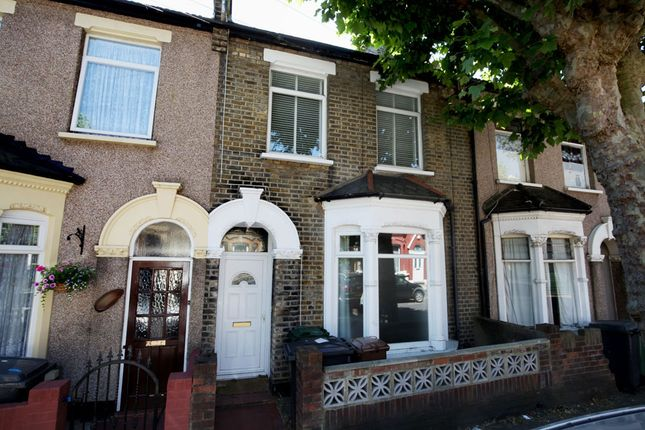 Thumbnail Terraced house for sale in 31, Malvern Road