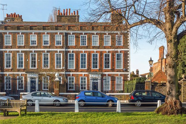 Thumbnail End terrace house for sale in Maids Of Honour Row, Richmond