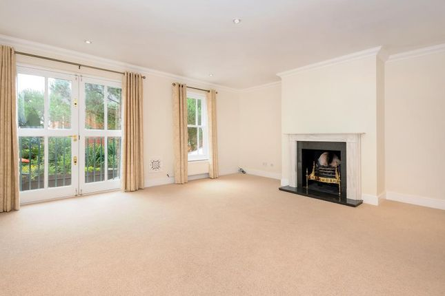 Thumbnail Town house to rent in Virginia Park, Virginia Water