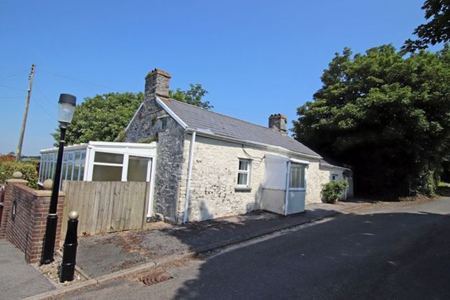 Thumbnail Cottage for sale in Llandyfaelog, Kidwelly
