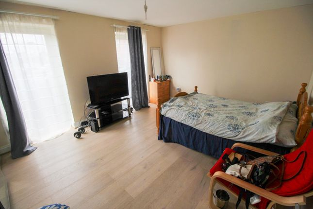 Living Room of High Street, Upton, Northampton NN5