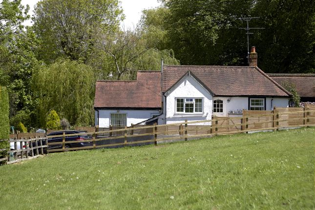 Thumbnail Barn conversion for sale in Old Park Ride, Cheshunt, Waltham Cross