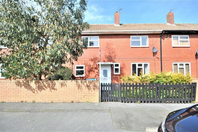 3 bed terraced house to rent in Butlers Meadow, Warton, Preston, Lancashire