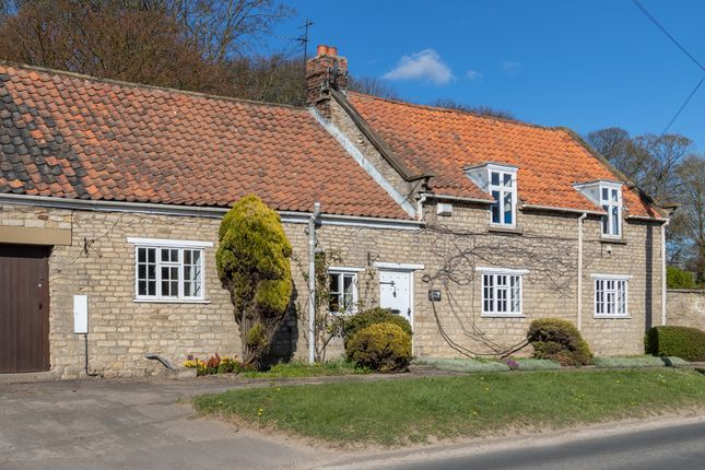 4 bed cottage for sale in Aislaby, Pickering YO18
