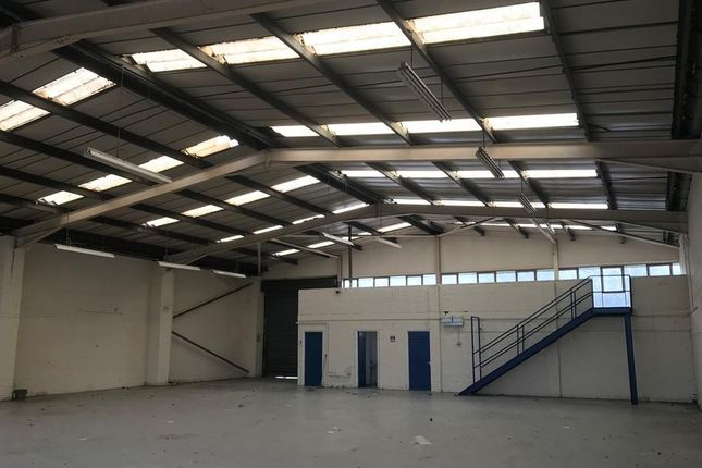 Thumbnail Warehouse to let in Unit Prenton Way, North Cheshire Trading Estate, Prenton, Merseyside