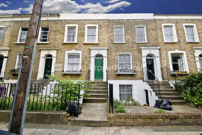 Thumbnail Terraced house to rent in Cephas Avenue, Stepney Green