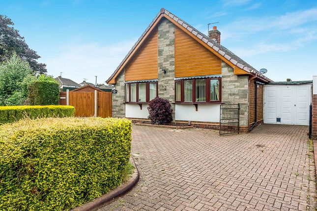 3 bed bungalow for sale in Haden Road, Tipton