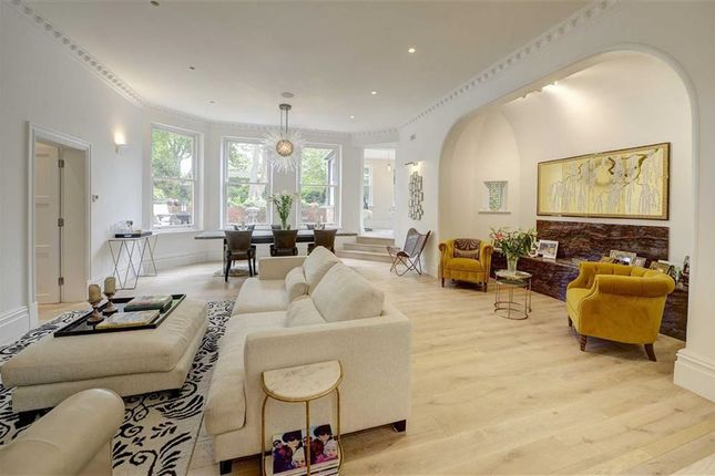 Thumbnail Flat for sale in Lyndhurst Gardens, Hampstead, London