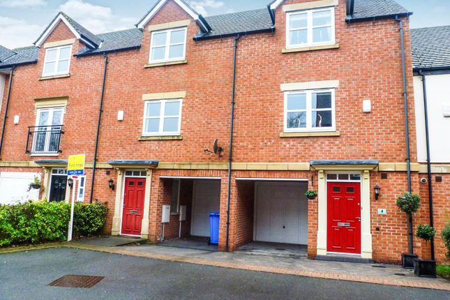 Thumbnail Town house to rent in New Orchard Place, Mickleover, Derby