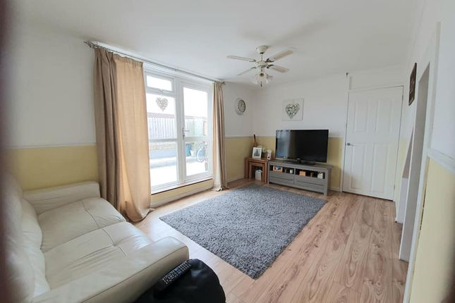 3 bed maisonette for sale in Hartford End, Pitsea, Basildon SS13