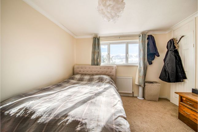 Bedroom of Gaywood Drive, Newbury RG14