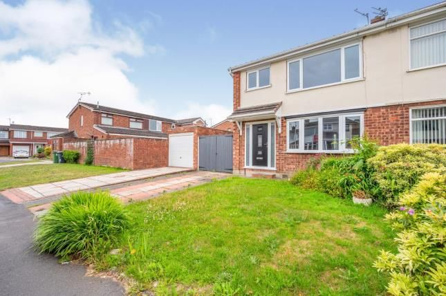 Thumbnail Semi-detached house for sale in Rostherne Crescent, Widnes, Cheshire, .