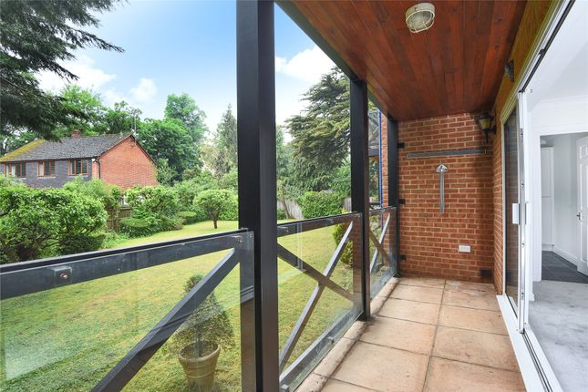 Picture No. 15 of High Meadows, Court Road, Maidenhead, Berkshire SL6