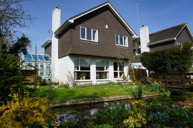 Thumbnail Detached house for sale in Nelson Close, Stockbridge