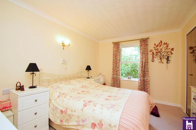 Bedroom of Pittville Circus Road, Cheltenham GL52