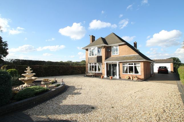 Thumbnail Detached house for sale in Dunns Lane, Dordon, Tamworth