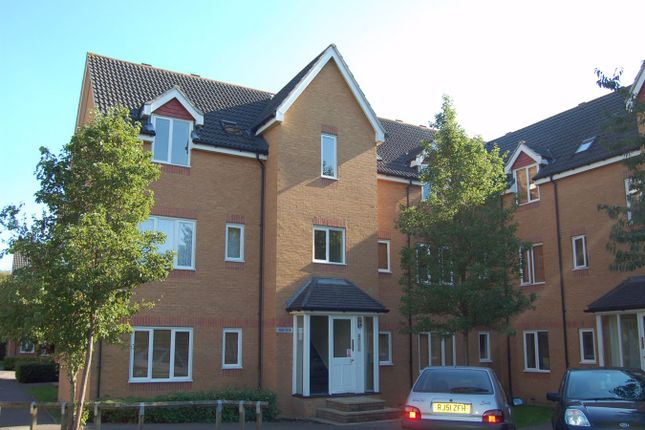 1 bed flat to rent in Redoubt Close, Hitchin SG4
