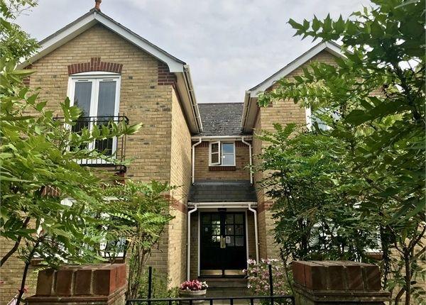 Thumbnail Flat to rent in 15 Willow Grove, Chislehurst, Kent