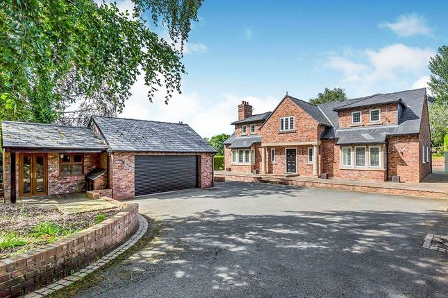 Thumbnail Detached house to rent in Alderley Road, Prestbury, Macclesfield