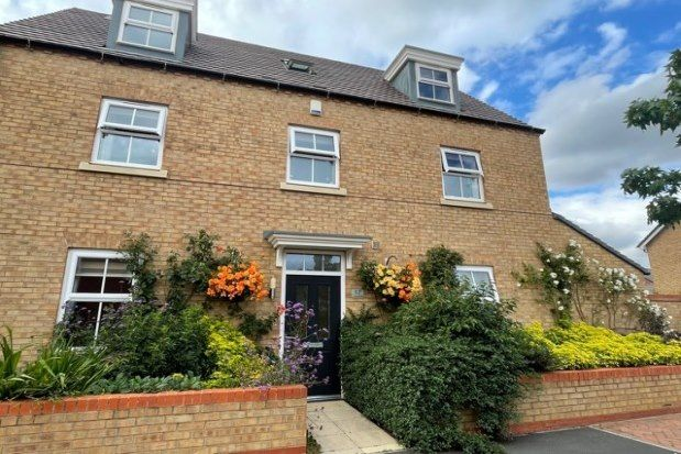 Thumbnail Property to rent in Dodimead Way, Biggleswade