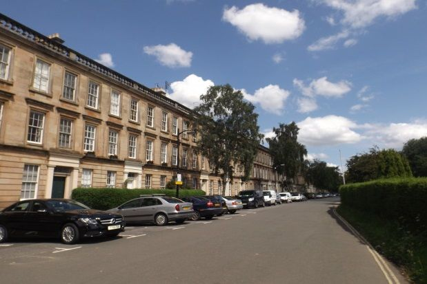 Thumbnail Flat to rent in St Vincent Crescent, West End