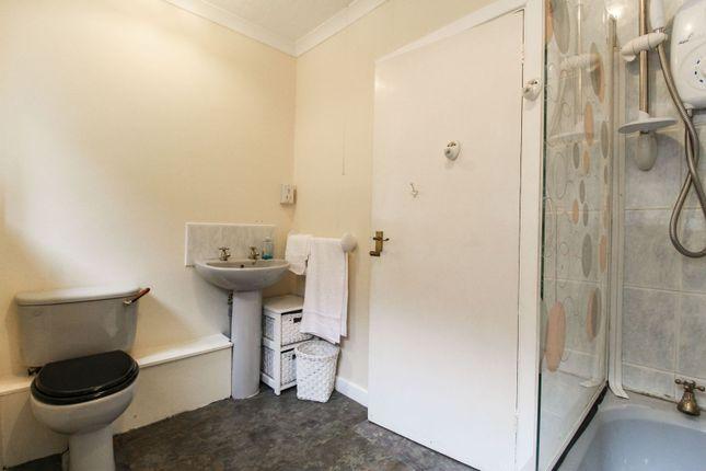 Bathroom of Main Road, Meriden CV7