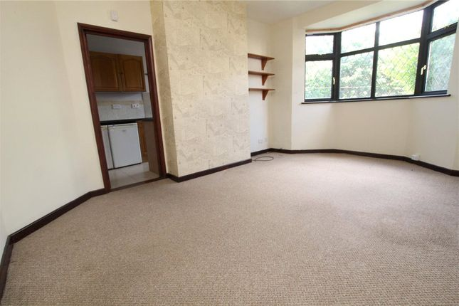 Living Area of Rushmere Road, Ipswich, Suffolk IP4