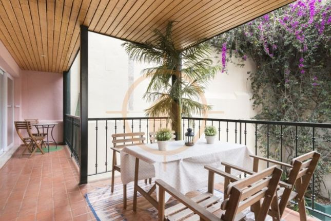 Thumbnail Apartment for sale in Escolas Gerais 7 1º Dto, São Vicente, Lisboa
