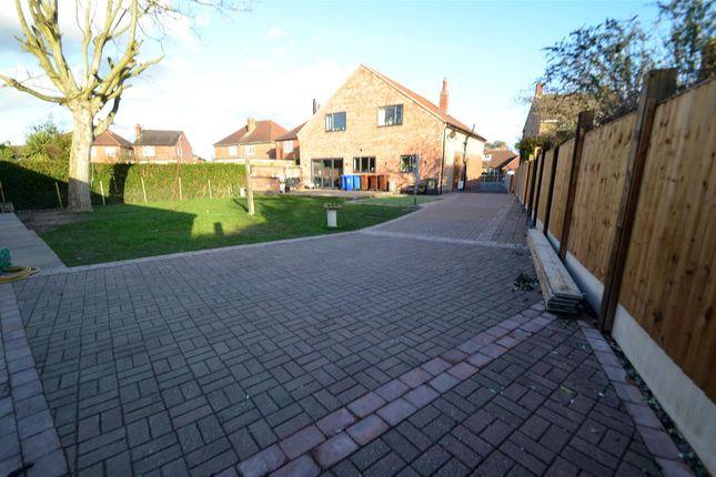 Outside of Wyvern Avenue, Long Eaton, Nottingham NG10