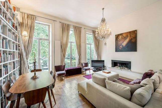 Thumbnail Flat for sale in Nevern Square, London