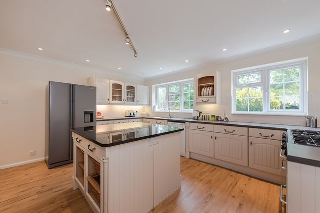 Thumbnail Detached house to rent in Ellwood Rise, Chalfont St. Giles