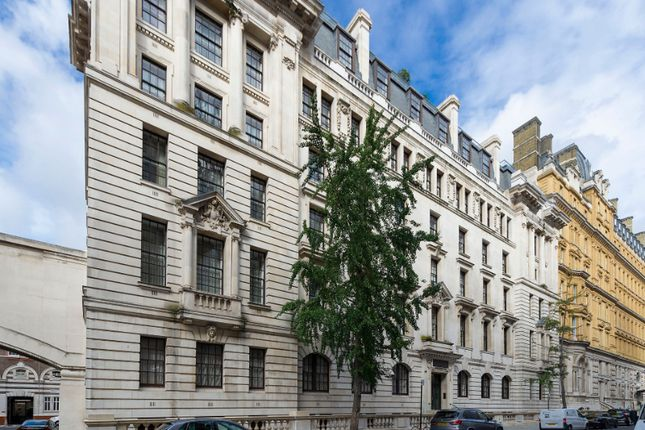 Thumbnail Flat to rent in Whitehall Place, London