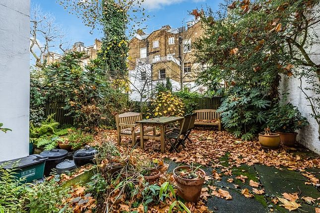 Garden of Chalcot Square, London NW1