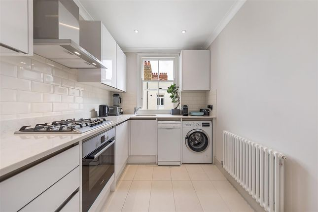 Flats to Let in Queen's Club Gardens, London W14 - Apartments to