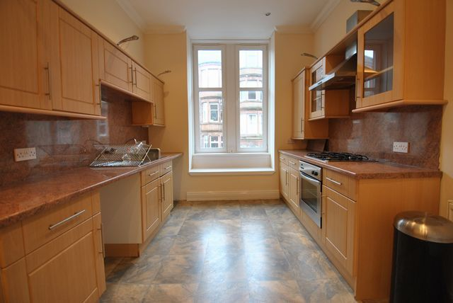 Thumbnail Flat to rent in Caird Drive, Partickhill, Glasgow, Lanarkshire