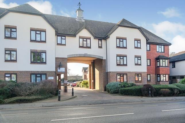 2 bed property for sale in Main Road, Biggin Hill, Westerham, Kent TN16