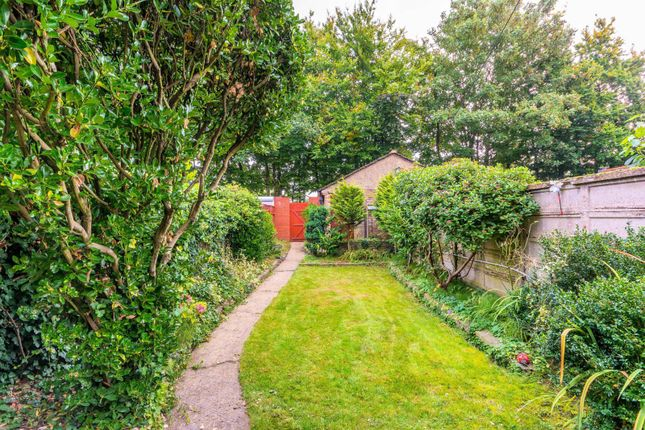 Thumbnail Property for sale in Manor Gardens, Gunnersbury