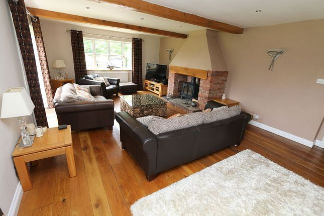 Thumbnail Property for sale in 168 Willoughbridge, Weymouth, Market Drayton, Shropshire