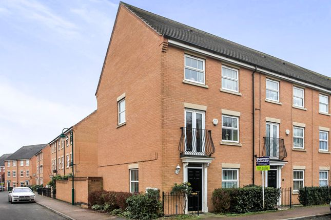 4 bedroom end terrace house for sale in Guelder Road, Hampton Hargate, Peterborough