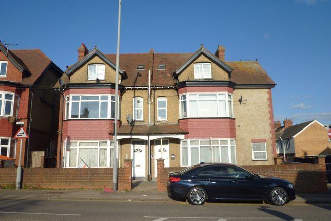Studio to rent in Swanston Grange, Dunstable Road, Luton LU4