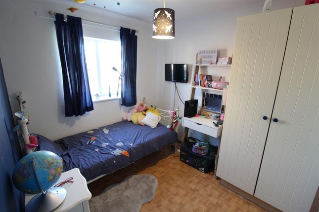 Bedroom 2 of Howdale Road, Sutton-On-Hull, Hull HU8