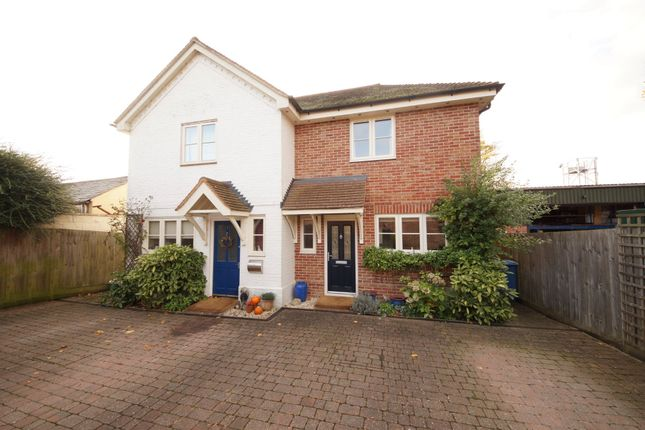 Thumbnail Semi-detached house for sale in Dunleys Hill, Odiham