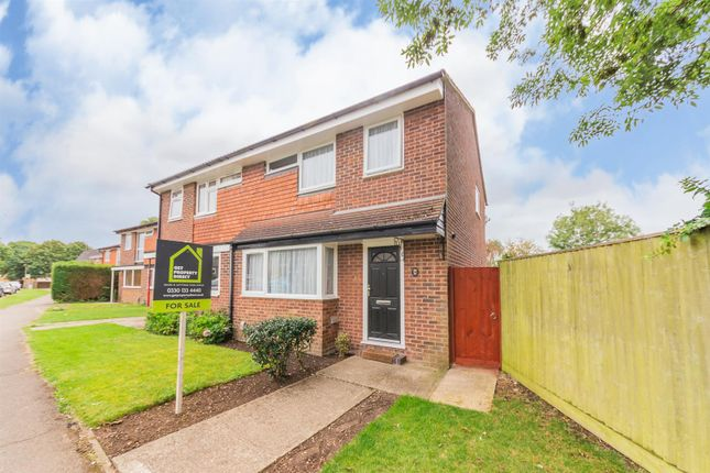 Property for sale in Carters Rise, Calcot, Reading