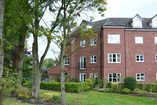 Thumbnail Flat for sale in Duxbury Gardens, Chorley
