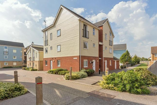 Thumbnail Flat to rent in Bismuth Drive, Sittingbourne