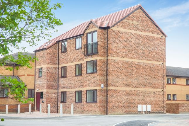 Thumbnail Flat to rent in Waterpark View, Kinsley, Pontefract